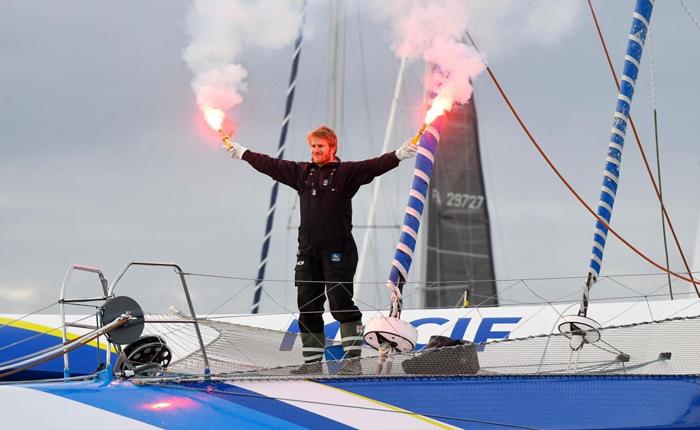 Record pulvérisé pour François Gabart : tour du monde en 42 j 16h et 40mn